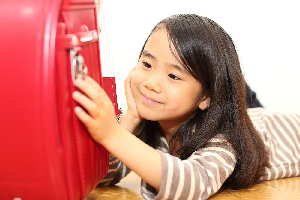 1年生のお母さん必見!小学校入学に必要な モノと費用相場 写真
